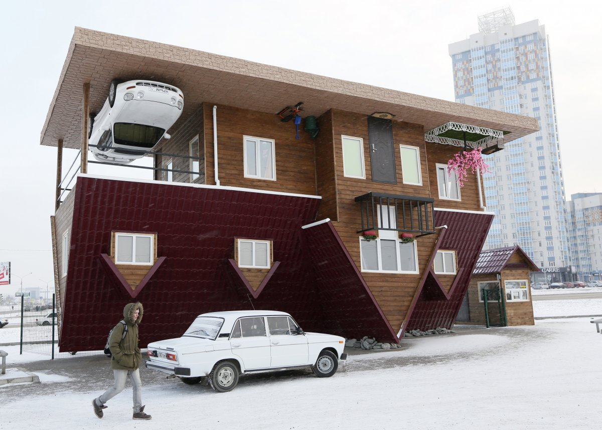 17 Of The World S Most Bizarre Houses Rum And Monkey